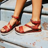 Womens Centuries Distress Sandal