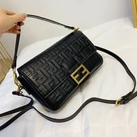 FENDI FF Baguette Leather Shoulder bag