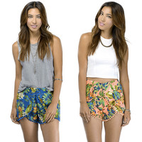 TROPICAL POMPOM SUMMER SHORTS