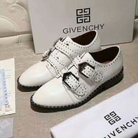 Givenchy 2018 autumn and winter new trend women's models wild fashion rivets women's shoes