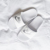 Nike Women Men Casual Fashion Sandal Slipper Shoes - White