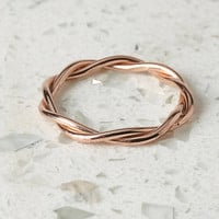 by boe Twisted Band Ring