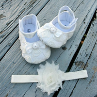 Baby Shoes .. Baby Girl Shoes .. Ivory Rosette shoes