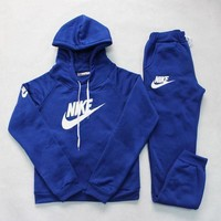 Nike: Sleeve Shirt Sweater Sportswear