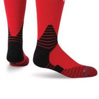 Stance Fusion Basketball 559 NBA NWT RED Solid Crew Socks Large (9-12) $22.00