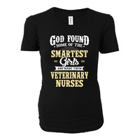 Smartest Girls Become A Veterinary Nurses Funny Gift - Ladies T-shirt