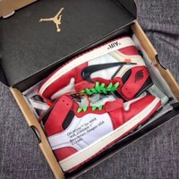 The Ten: Off White x Nike Air Jordan 1 UK 10