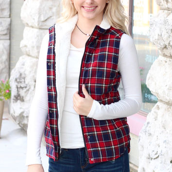 Fur Lined Plaid Puffer Vest {Red+Navy}