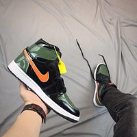 Air Jordan 1 Retro - Black/Green