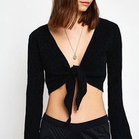 UO Crinkle Tie-Front Crop Top | Urban Outfitters
