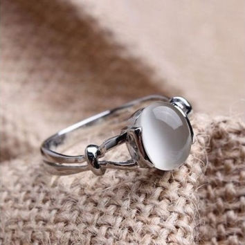Fashion 2016 Gift!!! The Twilight Saga Bella's 18k White Gold Plated GP Moonstone Women's Wedding Ring With Thanksgiving&Christmas Gift Box= 1958438788