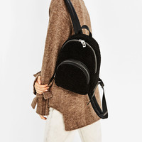 FAUX FUR FINISH BACKPACKDETAILS