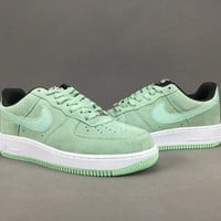 Women's and men's nike air force 1 SEASONAL cheap nike shoes 075
