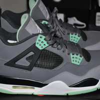 "Air Jordan Retro 4 ""Green Glow"" Sz 8.5"