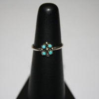 Tiny Turquoise Flower Vintage Sterling Silver Ring Size 5 - free ship US