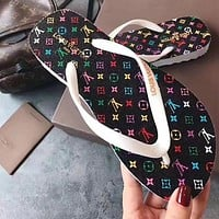 Louis Vuitton LV new men's and women's printed casual flip-flop sandals at home Black print