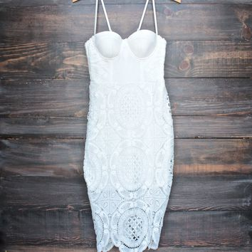 Lioness - bustier lace dress in white
