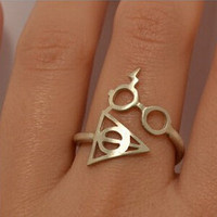 2015 New Fashion Hot Harry Potter And The Deathly Glasses Artifact Ring For Men And Women Christmas Gift Diameter : 1.7cm R8
