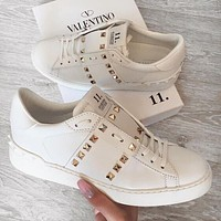 Bunchsun Valentino Trending Women Casual Leather Personality Rivet Sport Shoes Sneakers White