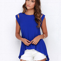 Short Sleeve Cutout Swallowtail Slit Top