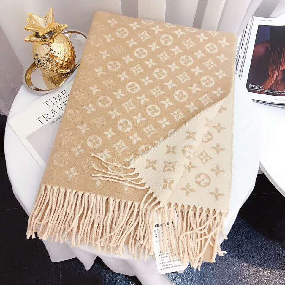 Image of Inseva Louis Vuitton LV Woman Fashion Accessories Sunscreen Cape Scarf Scarves