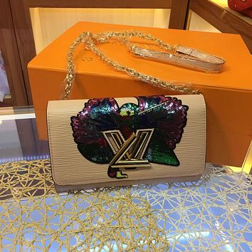 LV Louis Vuitton EPI LEATHER CHAIN INCLINED SHOULDER BAG