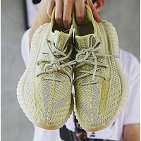 Adidas Yeezy Boost 350 V2 Trending Men Women Breathable Running Sport Shoes Sneakers(Luminous Shoelace)