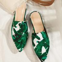 Random Tropical Pattern Point Toe Flat Mules