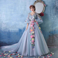 Fashion new bride wedding wedding flowers light blue evening dress