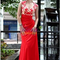Graceful Column/Sheath V-neck Appliques Red Prom Dress