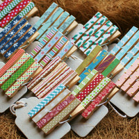 Christmas Party Favors, Mini Clothespins, Holiday Magnets, Stocking Stuffers