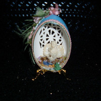 blown kisses by ShellRifficHeirlooms on Etsy