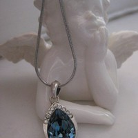 Earring - Necklace set with Blue Swarovsky - Silver pl.