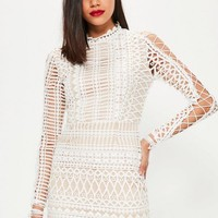 Missguided - White Lace High Neck Lace Up Sleeve Bodycon Dress