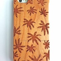 Olina Handmade Natural Carving Hard Wood Bamboo Case Cover for iPhone 5 iPhone 5s (Cherry Wood - Coco)