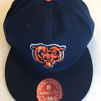 RETRO MITCHELL AND NESS CHICAGO BEARS ALL NAVY LOGO FLAT BRIM FITTED HAT