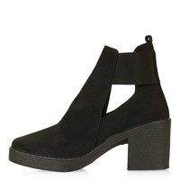 BRODY Cut-Out Chelsea Boot