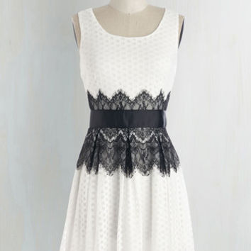 Vintage Inspired Mid-length Sleeveless A-line Outstanding Ovation Dress