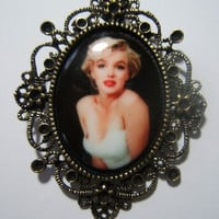 Marilyn Monroe vintage porcelain painted cameo necklace pendant on 24 inch black oval link chain