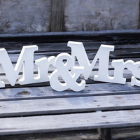 "1set ""Mr&Mrs"" 8cm English wedding wood crafts wooden letters marking photo frame (Color: White) = 1932238340"