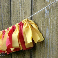 Harry potter, gryffindor Rag garland, crimson gold, red, photo prop, party decoration, house colors, mantle, lion, hogwarts houses
