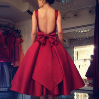 Elegant  Satin Short Backless Party Evening Gowns With Bow A Line Red A Line Vintage Cocktail Dresses Vestito Da Sera