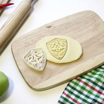 The Legend of Zelda Cookie Cutter Link Hylian Shield Cookie Cutter Cupcake topper Fondant Gingerbread Cutters - Made from Eco Material