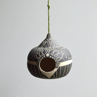 H O M E : Ceramic functional birdhouse