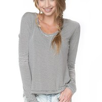 Brandy ♥ Melville |  Farrah Top - Just In