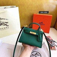 1061 Hermes Fashion Classic Handle Mini Kelly Bag Size 19-14cm-2