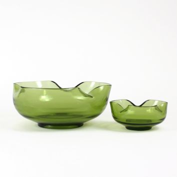 Anchor Hocking Chip & Dip 2-pc Bowl Set, Avocado Green, Amoeba Style