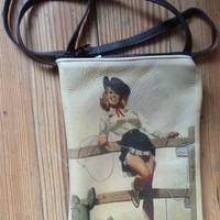 Rockmount Pin Up On Fence Purse 6 x 9