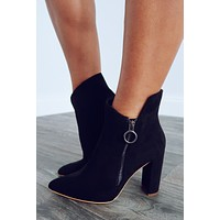 Show It Off Booties: Black