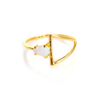 14kt Gold Opal Stirrup Ring